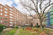 Flat to rent in Du Cane Court, SW12