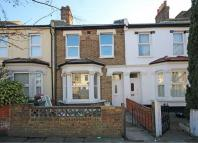 3 bed home to rent in Colmer Road...