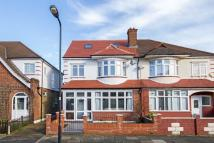 5 bed home for sale in Downton Avenue, London