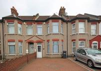 3 bed house to rent in Brigstock Road...