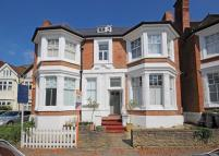 Flat to rent in Telford Avenue...