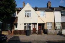 2 bed house in Norbury