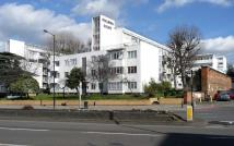 Flat for sale in Streatham Hill...