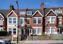 Flat to rent in Gleneldon Road, Streatham