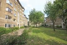3 bed Flat in Streatham Court...