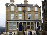 Flat to rent in KIRKGATE, SHIPLEY...