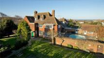6 bed Detached property for sale in 40 Devonshire Gardens...