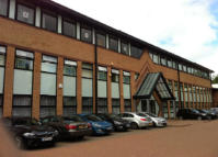 property to rent in A4 Kingsway,