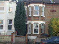 Studio flat in Waddon Road, Croydon, CR0