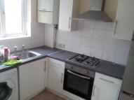 Flat to rent in London Road, Mitcham, CR4