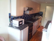 Apartment to rent in MARESFIELD, Croydon, CR0