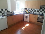 3 bedroom Maisonette in Dorset Gardens, Mitcham...
