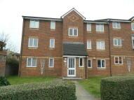 Ground Flat to rent in Walpole Road, Cippenham...