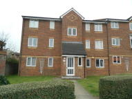 Ground Flat in Walpole Road, Cippenham...