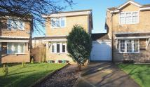 2 bed Detached home in Beaumont Close...