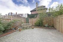 3 bedroom house for sale in Thurleigh Road, London...