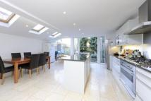 5 bedroom End of Terrace house in Hambalt Road, London...