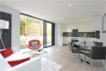 2 bed Flat in Bennerley Road, London...