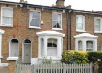 3 bed Terraced house in Wiseton Road, Balham...