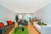 Terraced property to rent in Mandrell Road, Brixton...