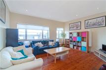 2 bedroom Flat in Terrapin Road, Balham...