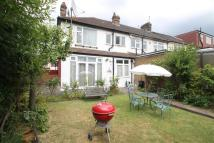 3 bed End of Terrace house in North Ilford IG1