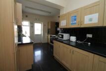 4 bedroom End of Terrace house in Gants Hill IG2