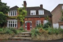 5 bedroom Detached house in Thurlow Park Road...