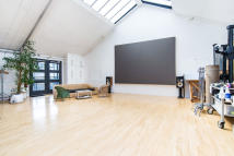 1 bedroom Apartment in Webber Street, London...