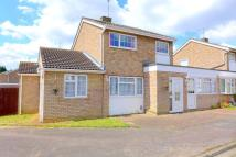 3 bedroom Link Detached House in Russell Drive, Ampthill...