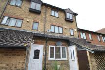 1 bed Maisonette to rent in Windsor Meadows...