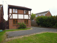 semi detached property to rent in HOWARD AVENUE...