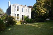 5 bedroom Detached property in Sidmount Avenue, Moffat...