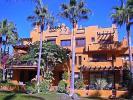 Apartment for sale in Nueva Andalucia, Malaga...