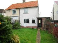 2 bed home in Featherby Road, Twydall ...