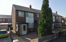 3 bedroom semi detached house in Osbourne Close...