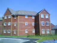 Flat to rent in Highcroft