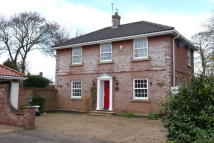 4 bedroom Detached home to rent in Selwyn Gardens...