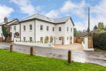 5 bed Detached home in Starrock Lane, Chipstead...