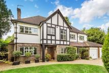 4 bed Detached property in Lissoms Road, Chipstead...