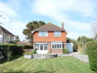 3 bed Detached property in South Walk...