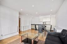 3 bedroom Apartment in Commercial Road, London...