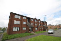 Flat to rent in Laird Place, Glasgow, G40