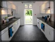 7 Beech Grove House Share