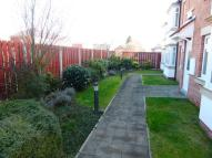 2 bed Flat to rent in Penshurst Mews...