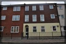 2 bed Flat in Lawson Court...