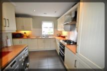 4 bed semi detached property to rent in Thamesbrook, Hull...