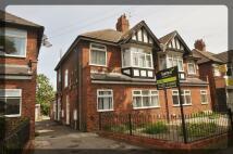 Flat to rent in Inglemire Lane, Hull...