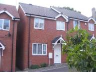 3 bed semi detached house in Vicarage Grove...