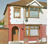 Guildford Road semi detached property to rent
